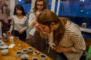 Der Kaffee-Körper reicht von voll bis leer oder wässerig.