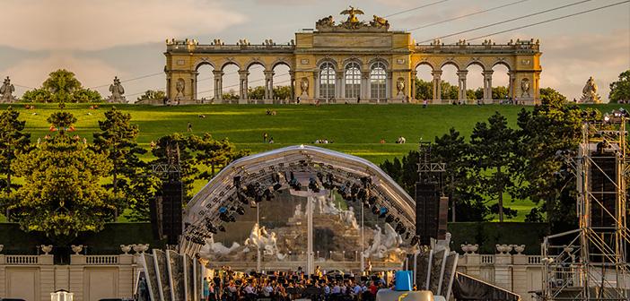 Schloss Schönbrunn Sommernachtskonzert