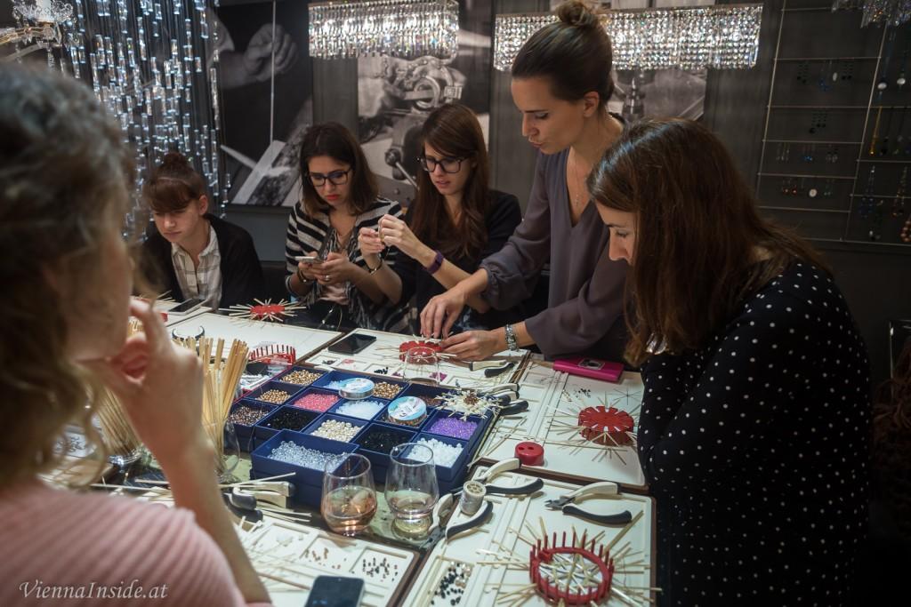 Schaut mal auf die konzentrierten Gesichter, wir waren ganz im kreativen Schaffen versunken ;-)