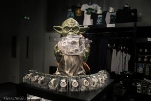 Meister Yoda als Uhrenverkäufer - möge die Zeit mit dir sein.