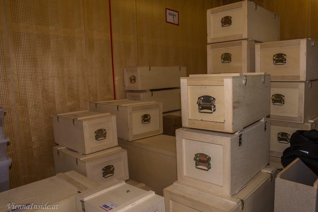 Der Gesamtkomplex wurde aus mehreren Einzelmodulen gebaut. Nur so kann das Modell in speziell dafür angefertigten Holzkisten  zu den Ausstellungen transportiert werden.