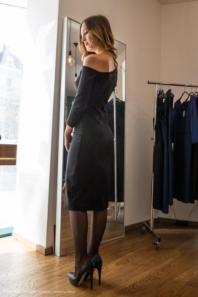Vom Büro direkt in die After Work Party oder eher das edle Restaurant. Mit diesem Kleid ist Frau immer richtig angezogen - mein absoluter Favorit.