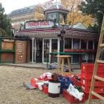 Aufbau Weihnachtsdorf Altes AKH
