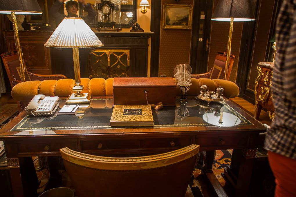 Luxus arbeitszimmer  Hotel Bristol - ein Besuch in der Luxus Suite - ViennaInside.at