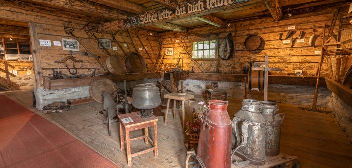 Almmuseum Pöllingerhütte auf der Gerlitzen in Kärnten