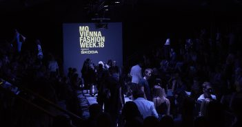 Opening Show mit Video – MQ Vienna Fashion Week 18