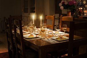 Dinner Bild von Jill Wellington, lizensiert durch PixaBay